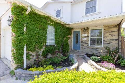 Townhouse for sale at 1047 Havendale Blvd Burlington Ontario - MLS: W4779251
