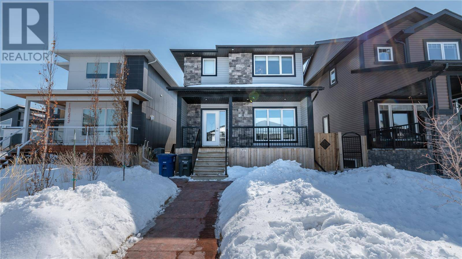House for sale at 1047 Kloppenburg Bnd  Saskatoon Saskatchewan - MLS: SK804527