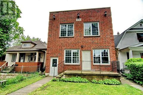 Townhouse for sale at 1047 Windsor Ave Windsor Ontario - MLS: 19018423