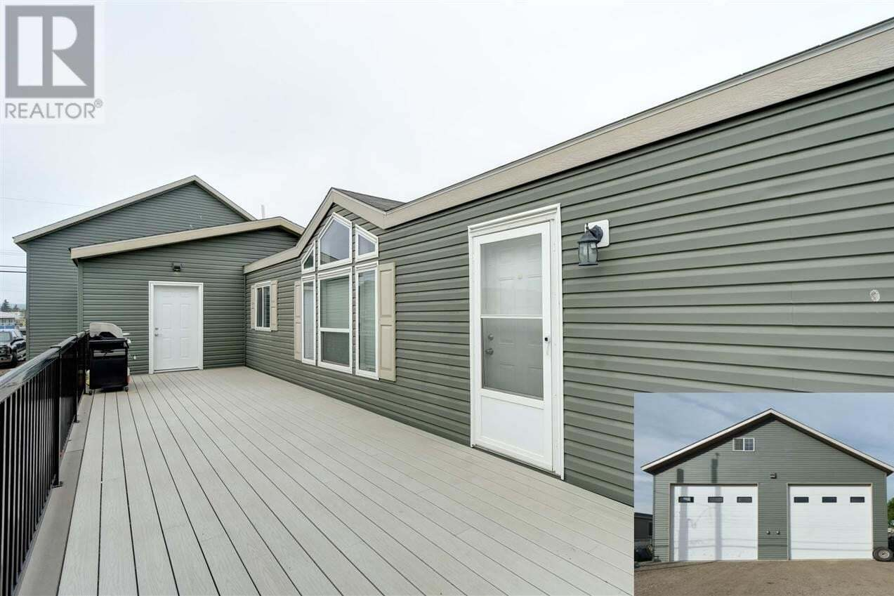 Residential property for sale at 10480 99 St Taylor British Columbia - MLS: R2394754