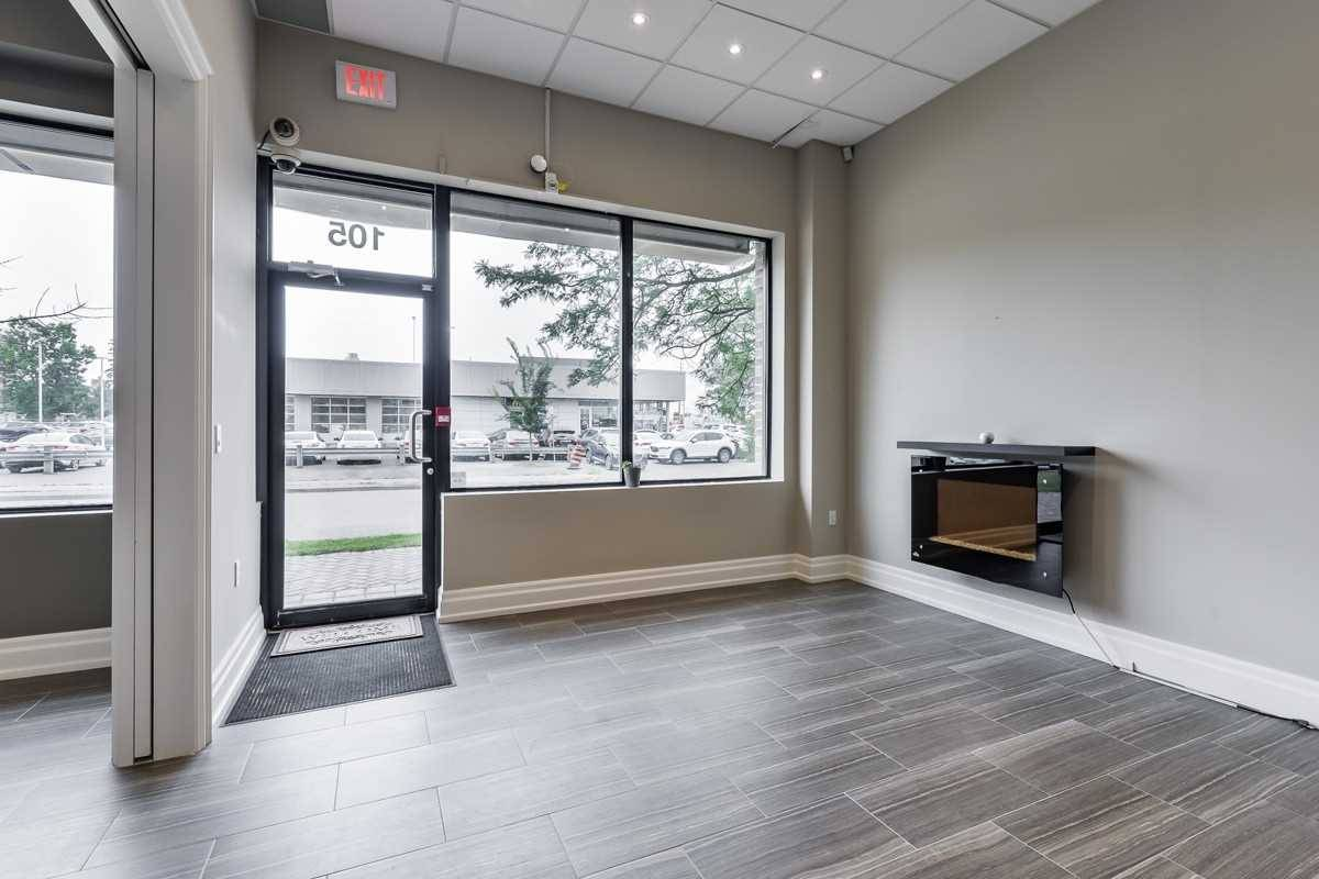 Commercial property for lease at 10376 Yonge St Apartment 105 Richmond Hill Ontario - MLS: N4522489