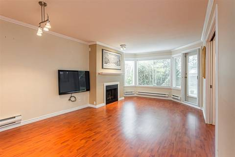 Condo for sale at 1369 George St Unit 105 White Rock British Columbia - MLS: R2435625