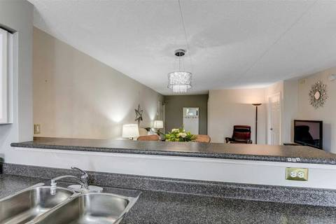 Condo for sale at 1450 Bishops Gt Unit 105 Oakville Ontario - MLS: W4419608