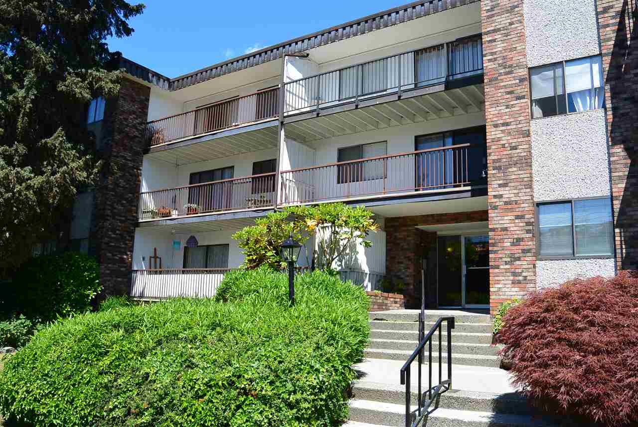 Buliding: 160 East 19th Street, North Vancouver, BC