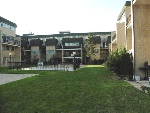 For Sale: 105 - 1624 Bloor Street, Mississauga, ON | 4 Bed, 2 Bath Condo for $349,900. See 20 photos!