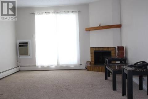 Condo for sale at 1822 Eaglesham Ave Unit 105 Weyburn Saskatchewan - MLS: SK800948
