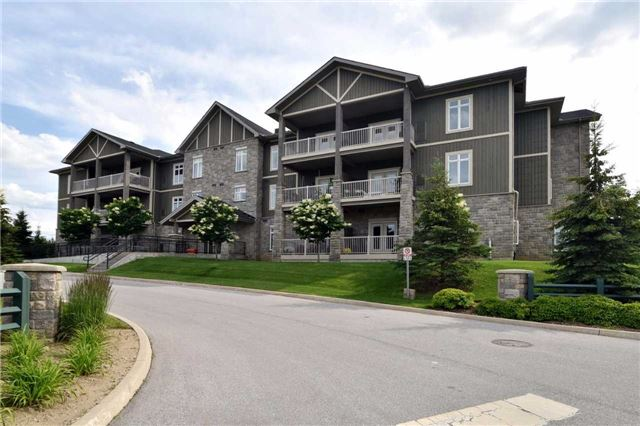 Sold: 105 - 25 Beaver Street, Blue Mountains, ON