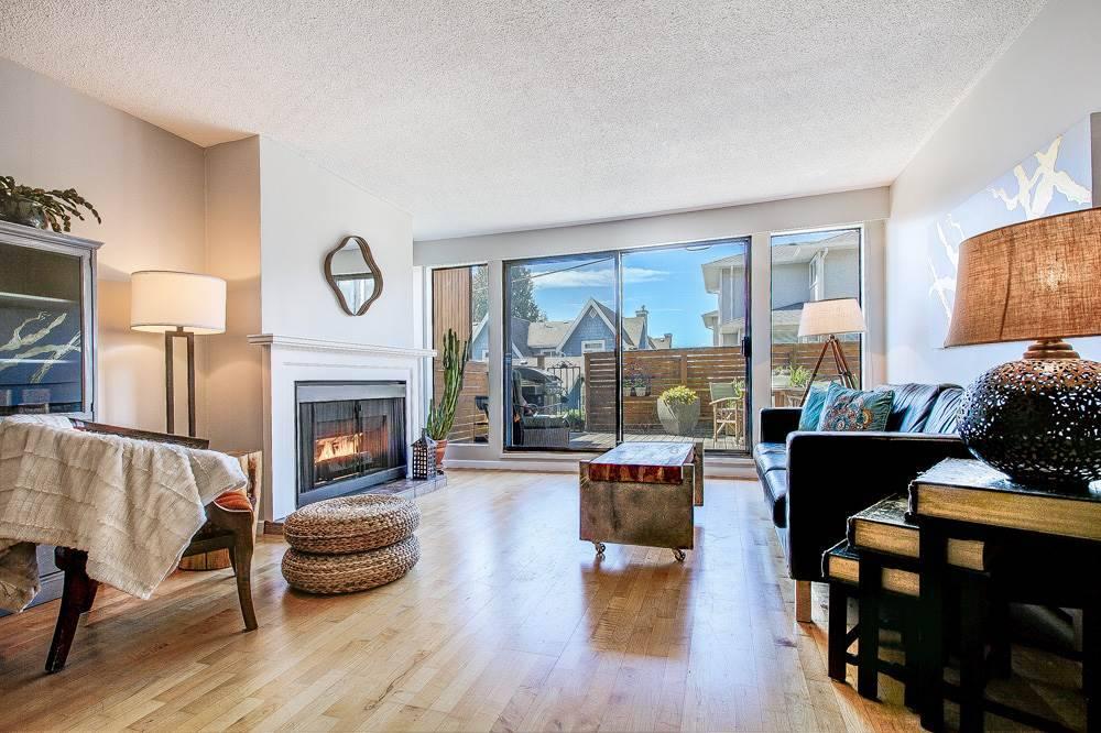 Buliding: 2545 Lonsdale Avenue, North Vancouver, BC