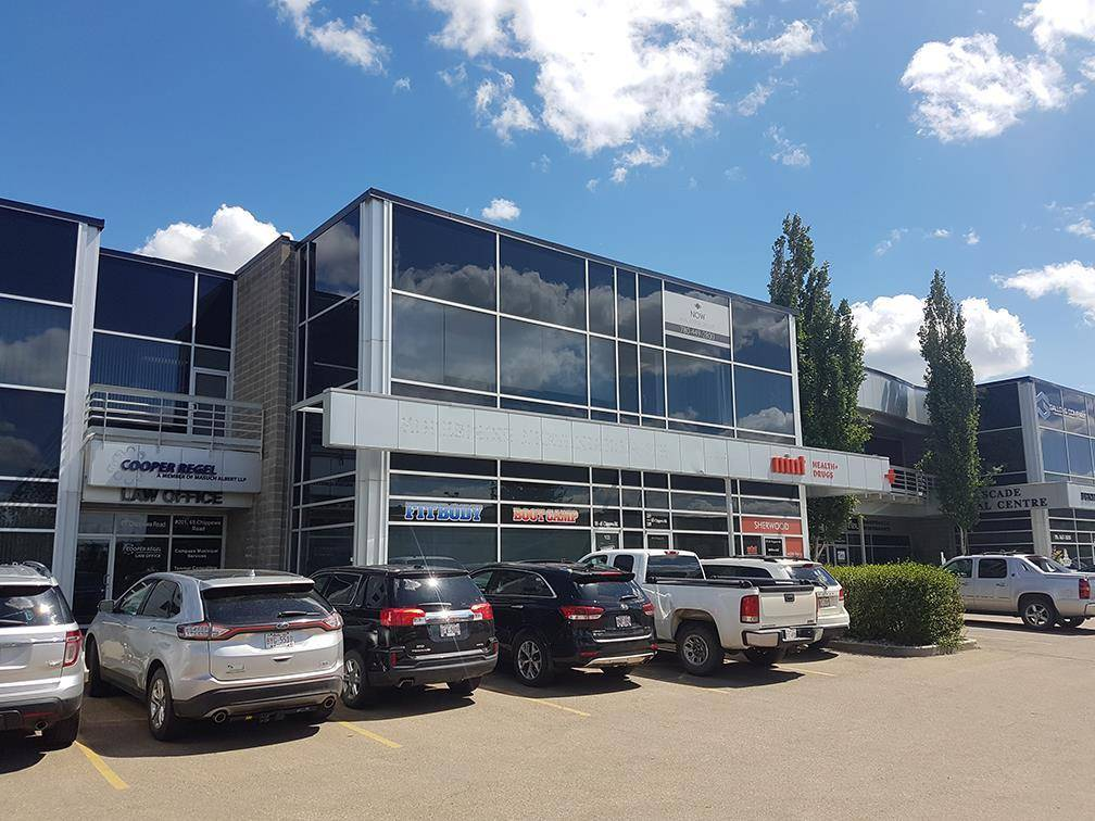 Commercial property for sale at 65 Chippewa Rd Unit 105 Sherwood Park Alberta - MLS: E4118290