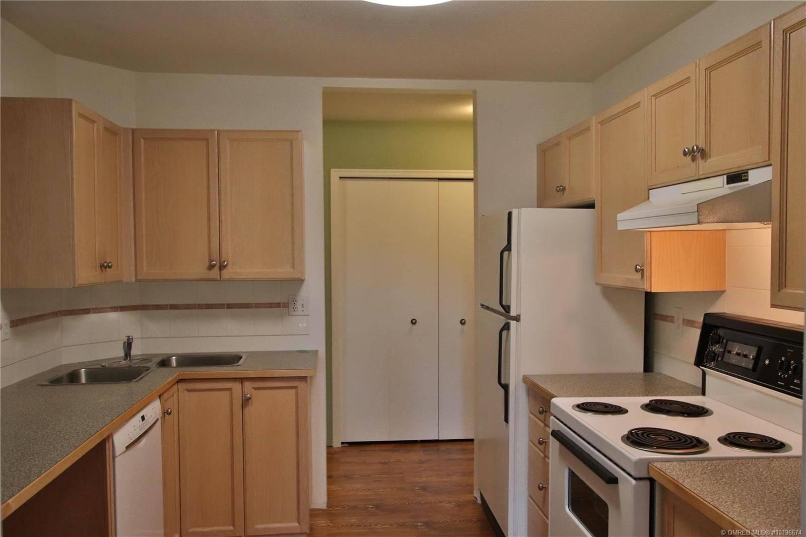 Condo for sale at 730 Badke Rd Unit 105 Kelowna British Columbia - MLS: 10196674