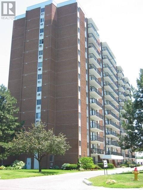 105 - 8591 Riverside Drive East, Windsor | Image 1