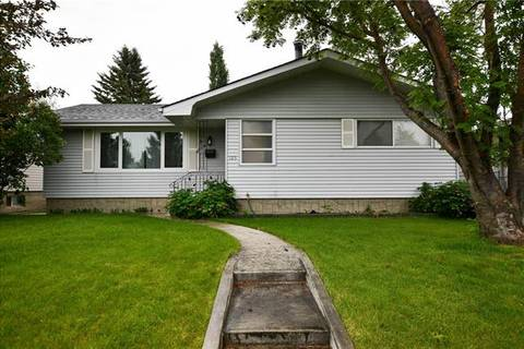 House for sale at 105 Braden Cres Northwest Calgary Alberta - MLS: C4255370