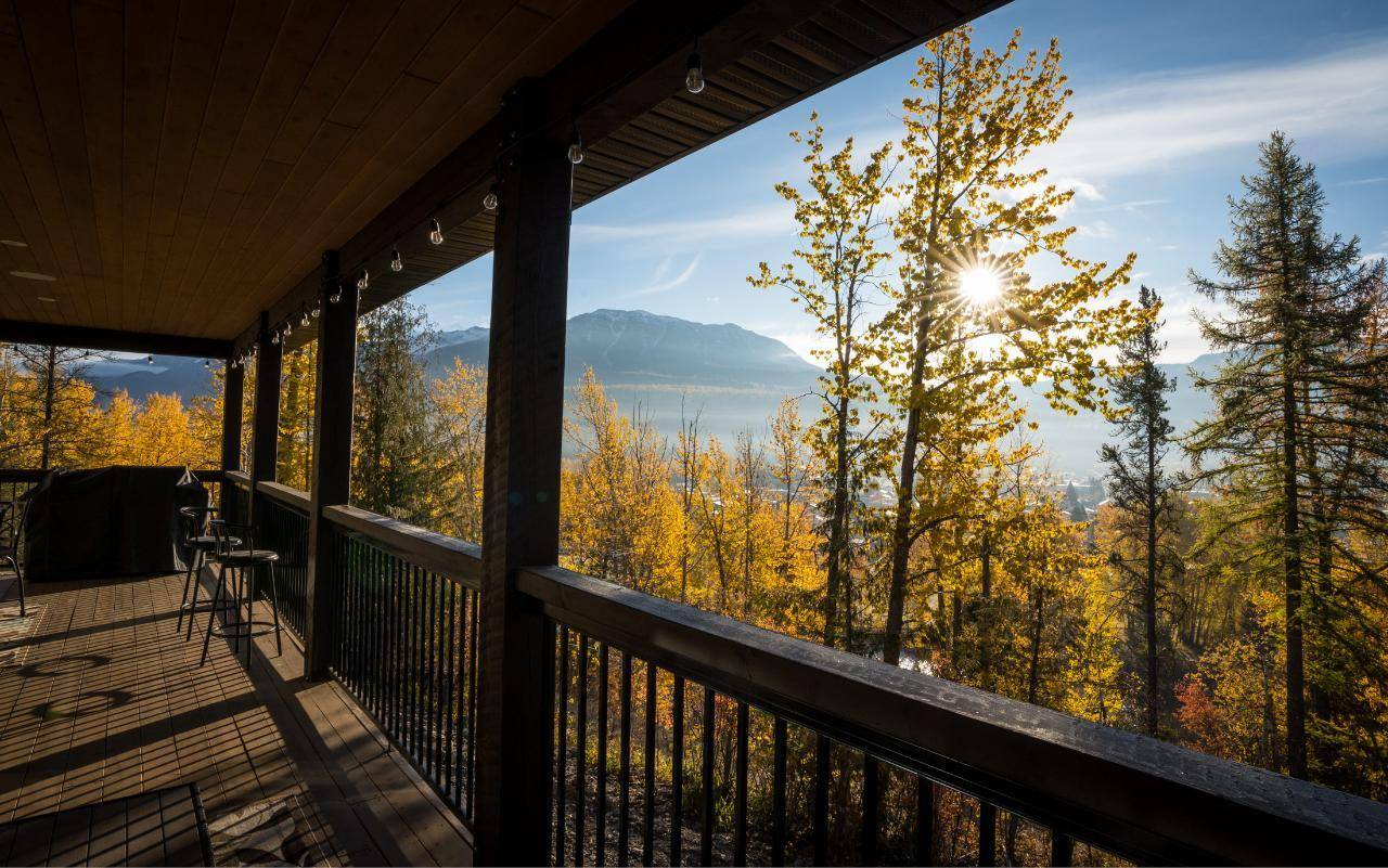 House for sale at 105 Burma Road  Fernie British Columbia - MLS: 2450189