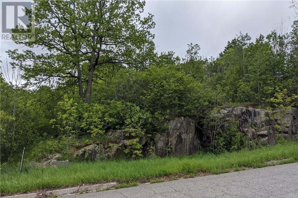 Residential property for sale at 105 Covered Bridge Tr Bracebridge Ontario - MLS: 249202