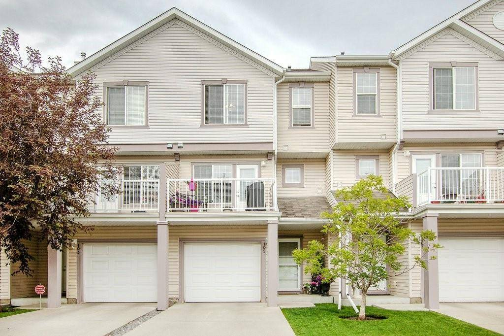 Townhouse for sale at 105 Everhollow Ht Sw Evergreen, Calgary Alberta - MLS: C4260888