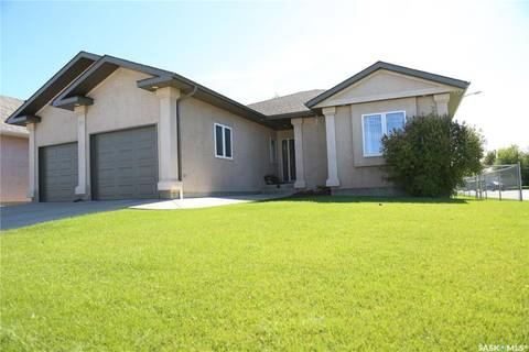 House for sale at 105 Flax Rd Moose Jaw Saskatchewan - MLS: SK786508
