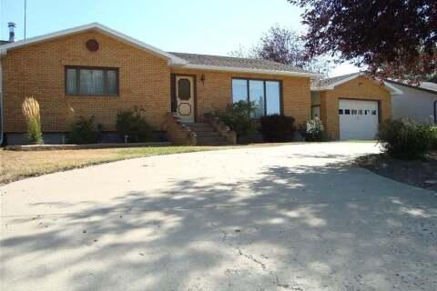 House for sale at 105 Magnan St Gravelbourg Saskatchewan - MLS: SK789709