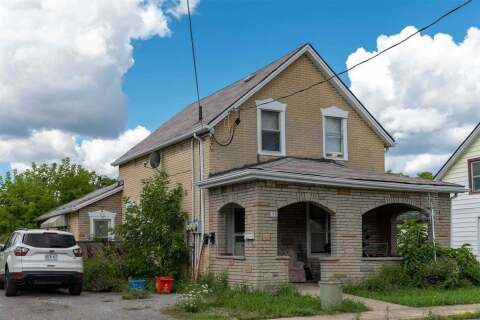 Townhouse for sale at 105 Moffatt St St. Catharines Ontario - MLS: X4920050