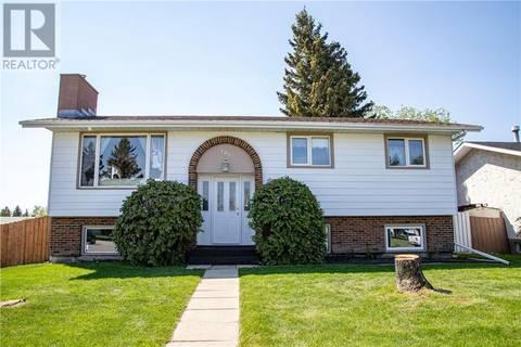 House for sale at 105 Neville Cs Red Deer Alberta - MLS: ca0166577