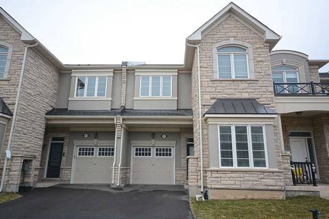 Townhouse for sale at 105 Orchardcroft Rd Oakville Ontario - MLS: W4406389