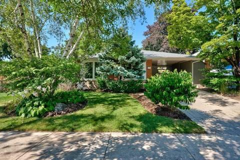 House for sale at 105 Osborne Cres Oakville Ontario - MLS: W4589217