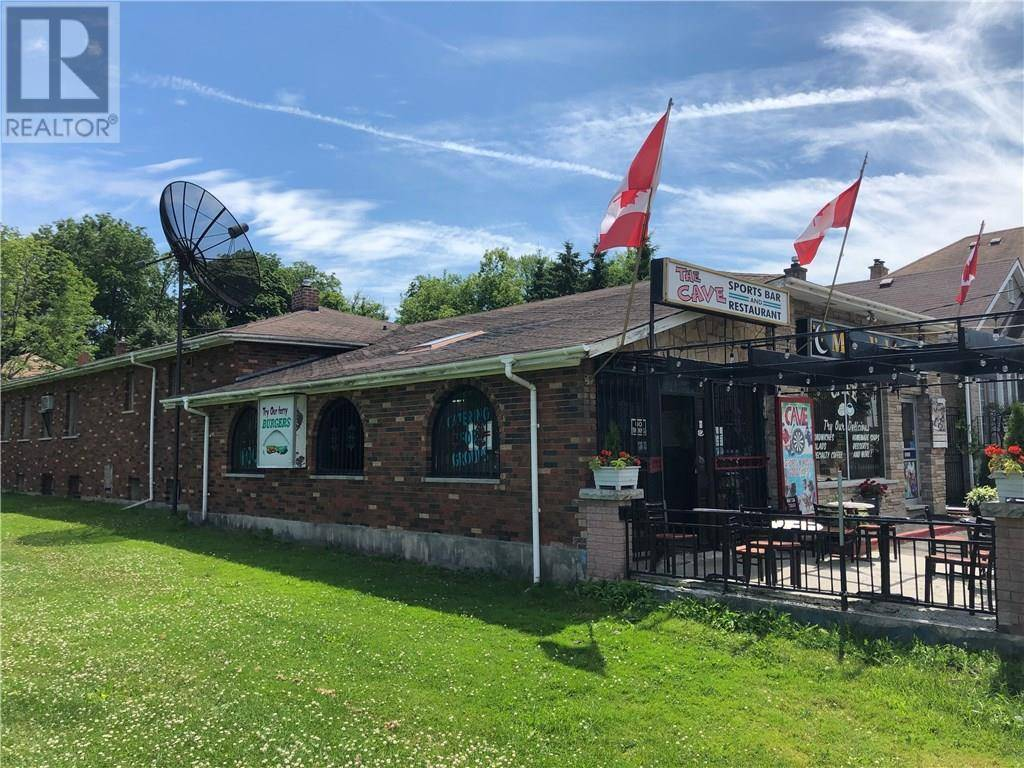 Home for sale at 105 Shade St Cambridge Ontario - MLS: 30779255