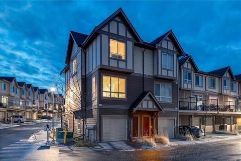 Townhouse for sale at 105 Sherwood Ln Northwest Calgary Alberta - MLS: C4275851