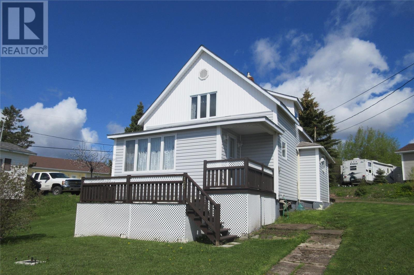 House for sale at 105 Water St Botwood Newfoundland - MLS: 1215914