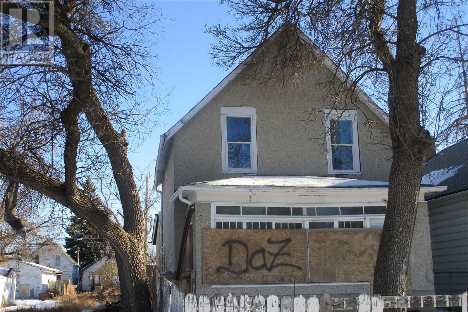 House for sale at 1051 Robinson St Regina Saskatchewan - MLS: SK834717