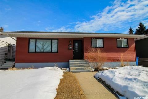 House for sale at 1052 109th St North Battleford Saskatchewan - MLS: SK803910