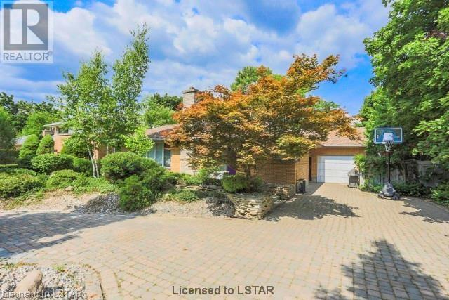 Removed: 1052 Brough Street, London, ON - Removed on 2018-11-28 04:39:10