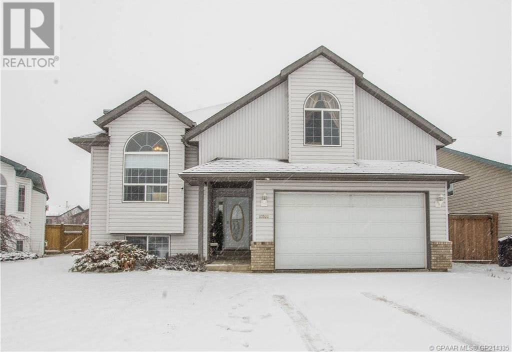 House for sale at 10522 122 Ave Grande Prairie Alberta - MLS: GP214335