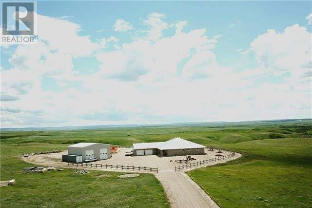 Residential property for sale at 10524 Bull Tr Rural Cypress County Alberta - MLS: mh0192265