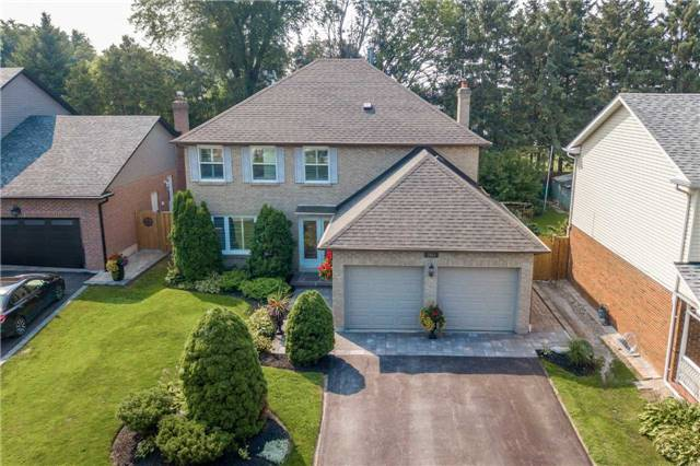 House for sale at 1054 Easthill Court Newmarket Ontario - MLS: N4222127