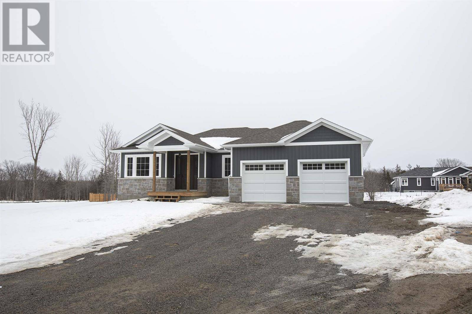 1054 Kona Crescent, South Frontenac | Image 1