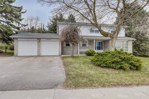 House for sale at 1056 Wayne Dr Newmarket Ontario - MLS: N4729912