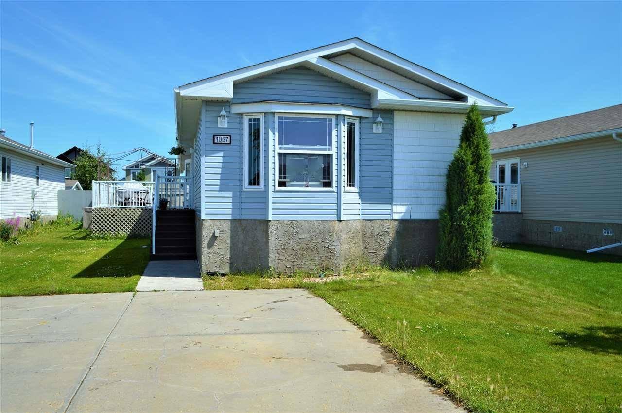 Residential property for sale at 1057 Aspen Dr E Leduc Alberta - MLS: E4165703