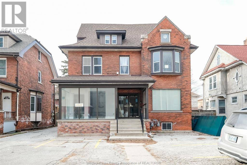 Townhouse for sale at 1057 Ouellette  Windsor Ontario - MLS: 20000559
