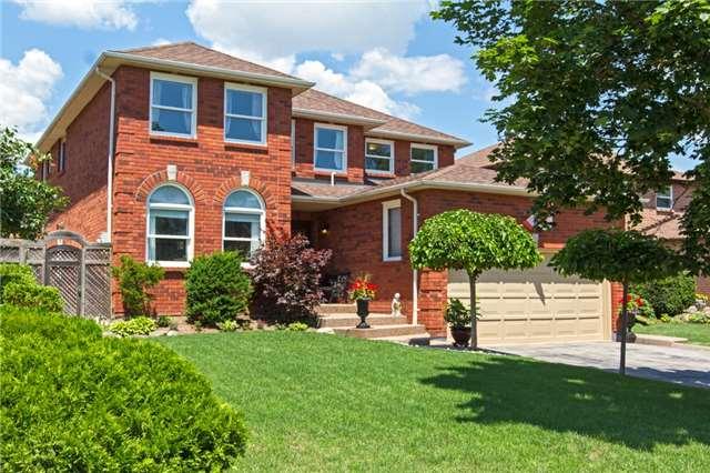 Sold: 1058 Goodson Crescent, Oakville, ON
