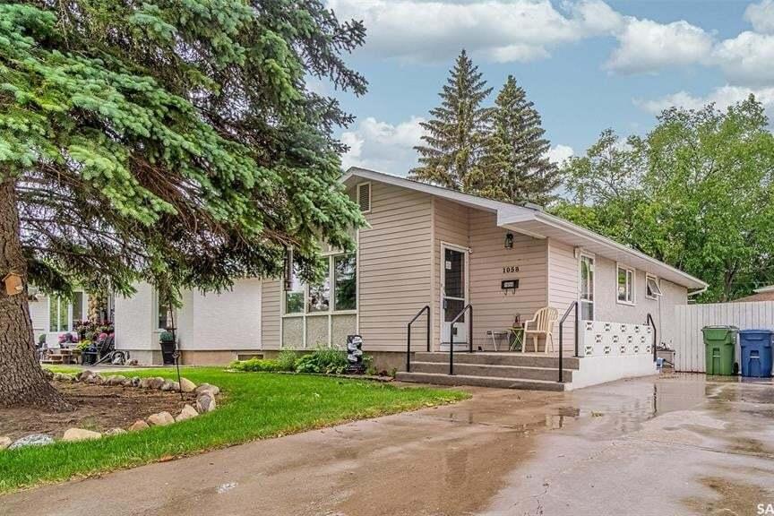 House for sale at 1058 Grayson Cres Moose Jaw Saskatchewan - MLS: SK813120