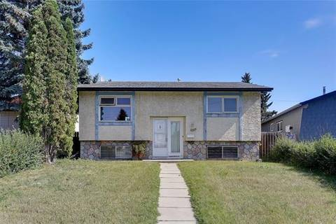 House for sale at 1059 Marcombe Dr Northeast Calgary Alberta - MLS: C4271376