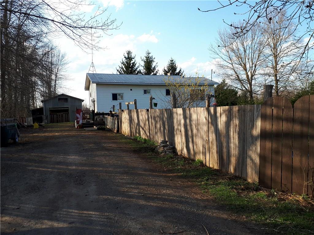 For Sale: 10595 Church Road, Dundas, ON   3 Bed, 1 Bath House for $209,700. See 29 photos!