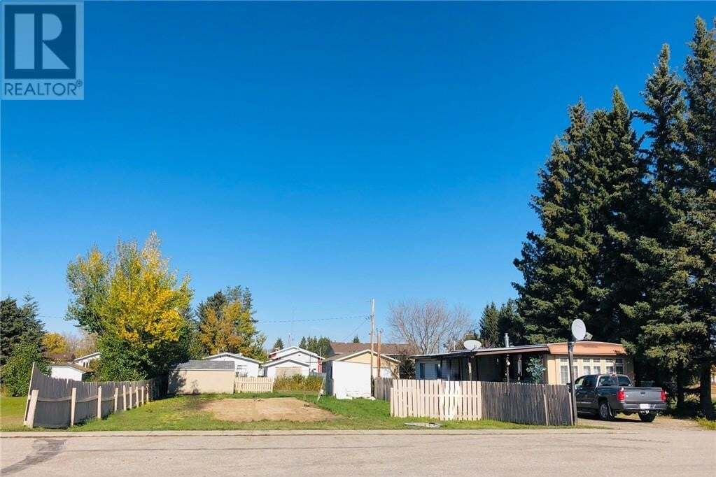 Residential property for sale at 106 & 102 3 Ave Unit 106 Leslieville Alberta - MLS: ca0166477