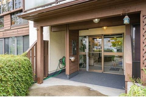 Condo for sale at 1526 George St Unit 106 White Rock British Columbia - MLS: R2398227