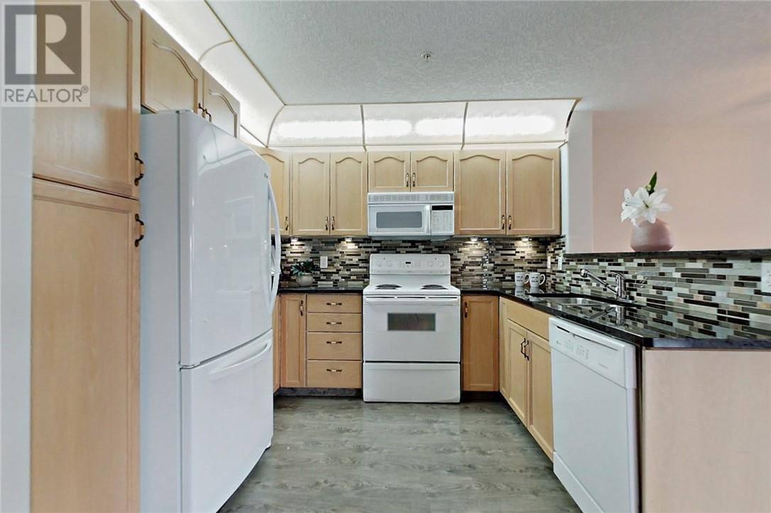 Condo for sale at 4805 45 St Unit 106 Red Deer Alberta - MLS: ca0174957