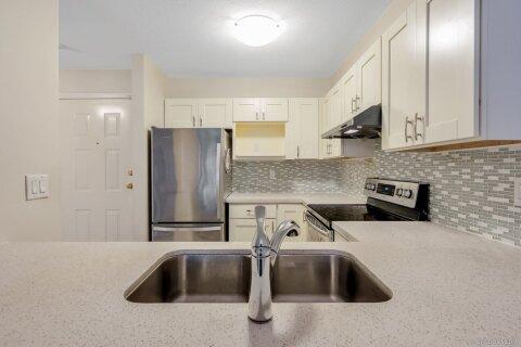 Condo for sale at 7465 Sandborne Ave Unit 106 Burnaby British Columbia - MLS: R2502464