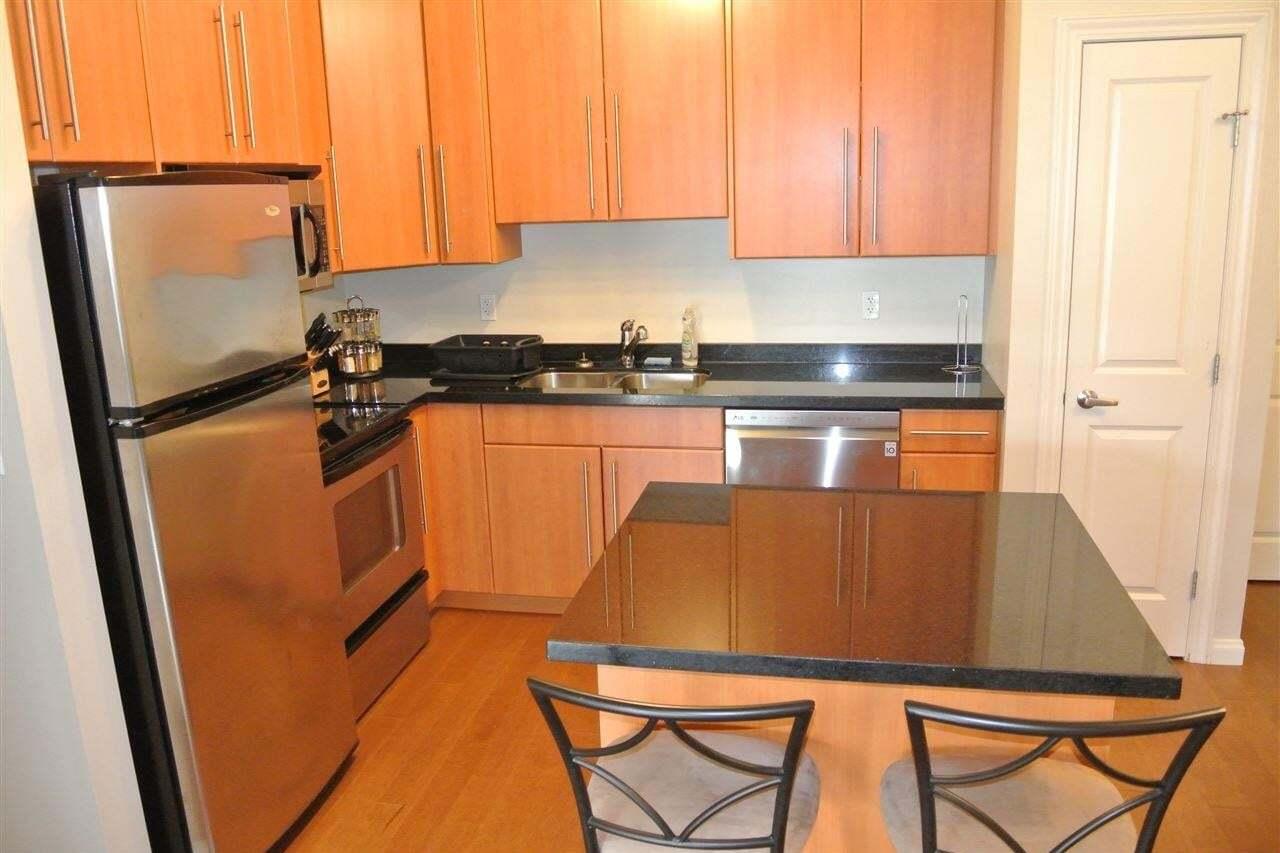 Condo for sale at 9819 104 St NW Unit 106 Edmonton Alberta - MLS: E4174786
