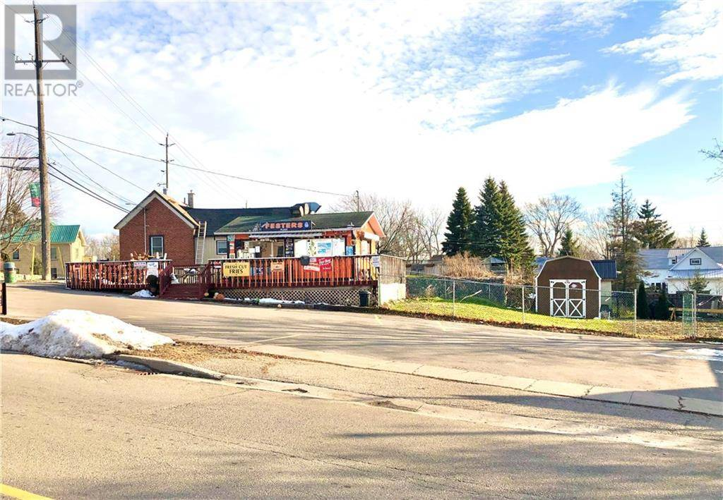 Residential property for sale at 106 Broadway St W Merrickville Ontario - MLS: 1177632