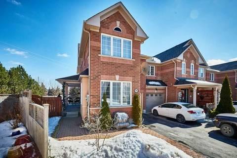 Townhouse for sale at 106 Coleridge Dr Newmarket Ontario - MLS: N4386286