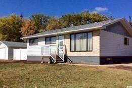 House for sale at 106 Empire Pl Assiniboia Saskatchewan - MLS: SK785257